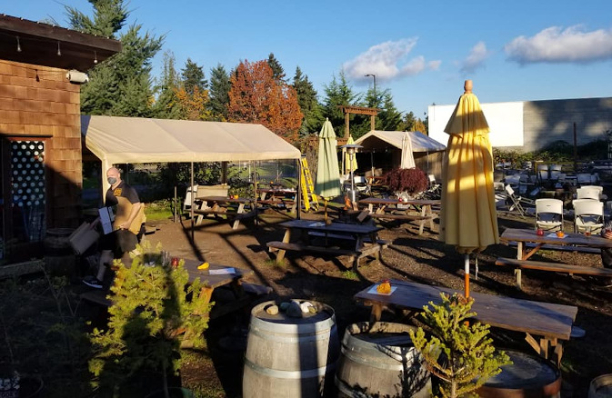 192 brewing beer garden