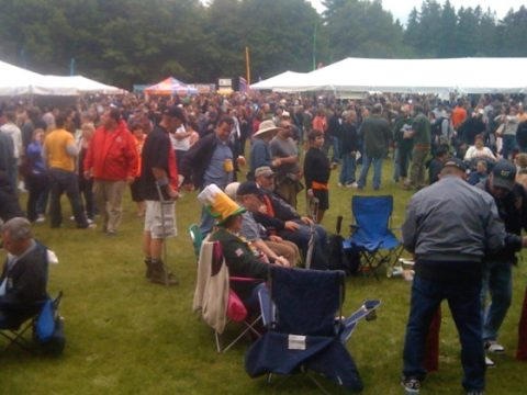 crowd at the Washington Brewers Festival.