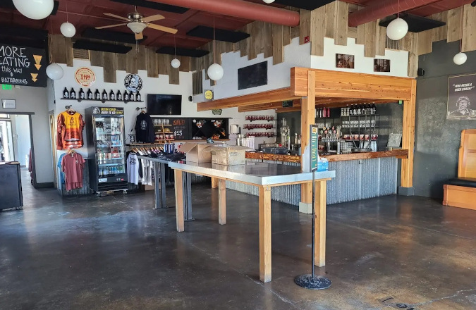 iron horse brewery - the pub